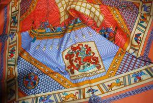 01 - Carré de coton « Dragon des Mers » (2001)
